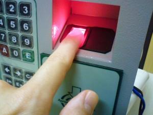 Fingerprint_scanner_identification